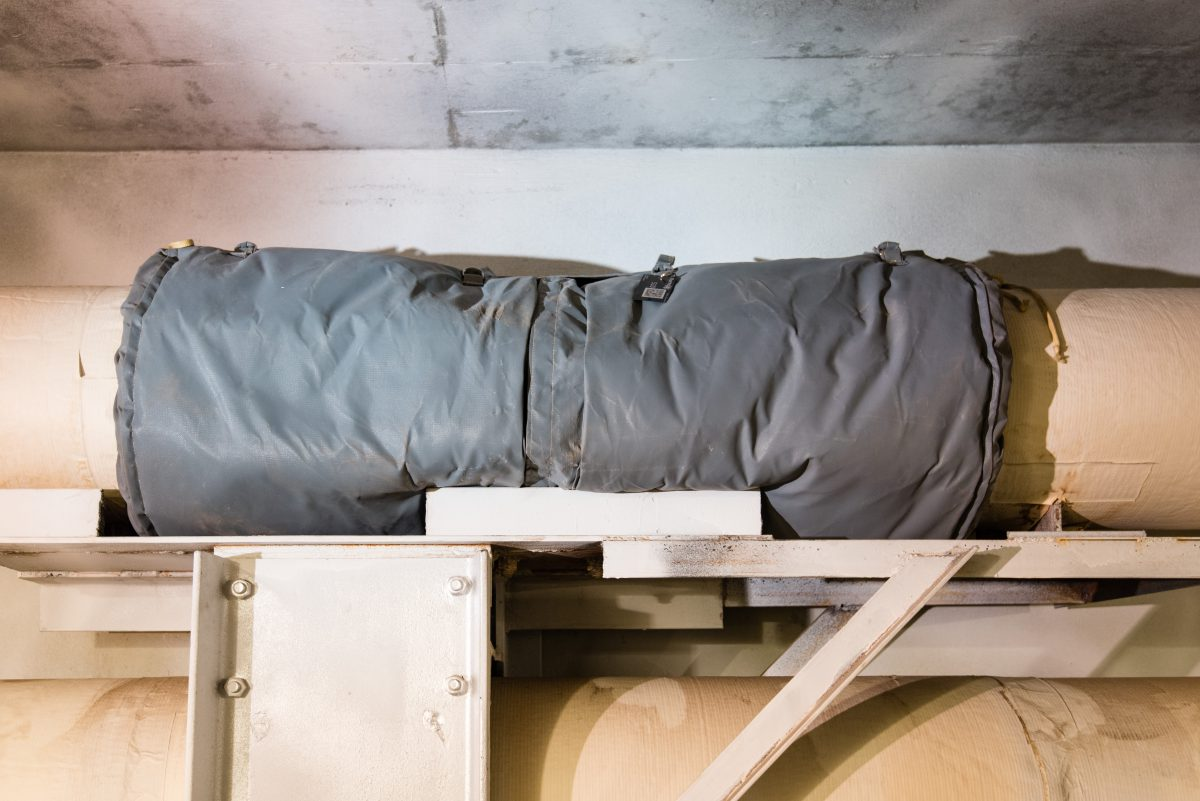 An Expansion Joint Insulated by Thermaxx Jackets